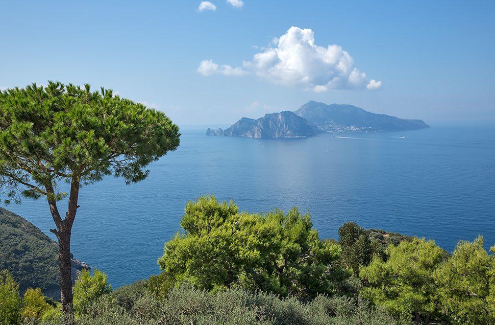 Panorama mozzafiato sul mare di Capri