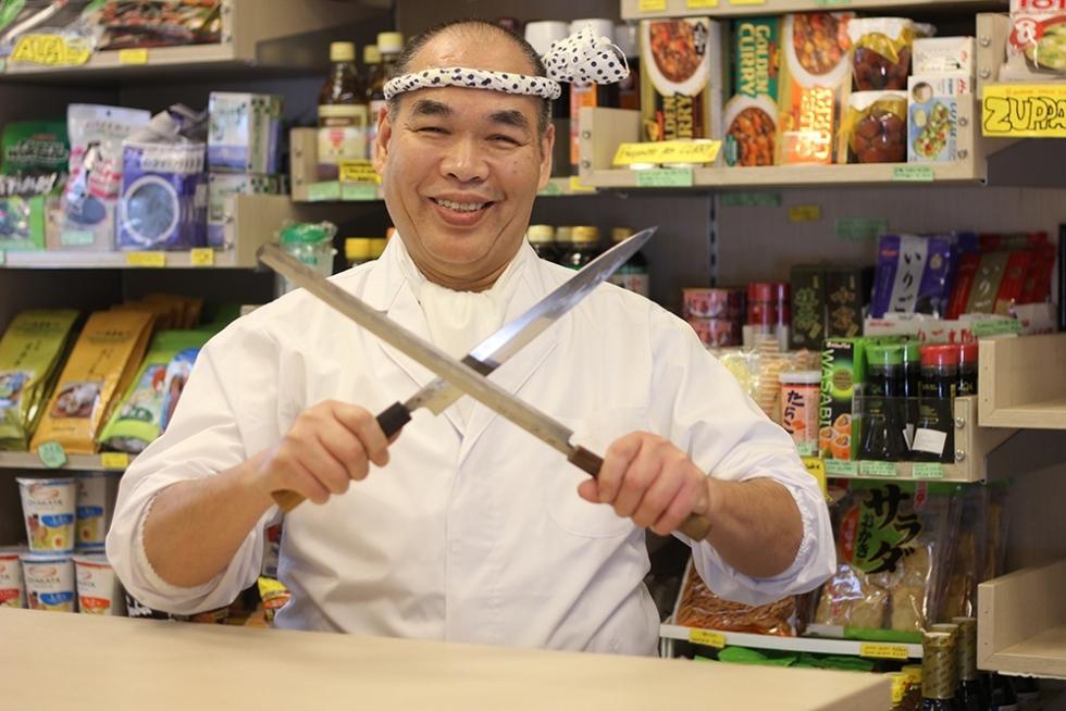 Lo chef Minoru Hirazawa